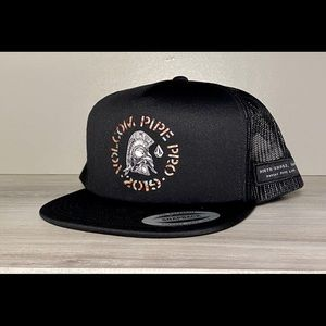 Volcon Hat NwT